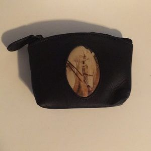 Handbags - Leather zippered change purse
